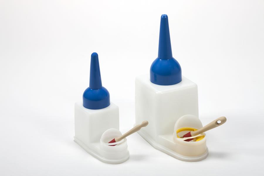 Contenitore plastica per colle viniliche Image